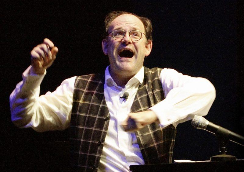 """Pariser Leben. Michael Quast liest, singt, tanzt und spielt """"Pariser Leben"""" von Jacques Offenbach."""