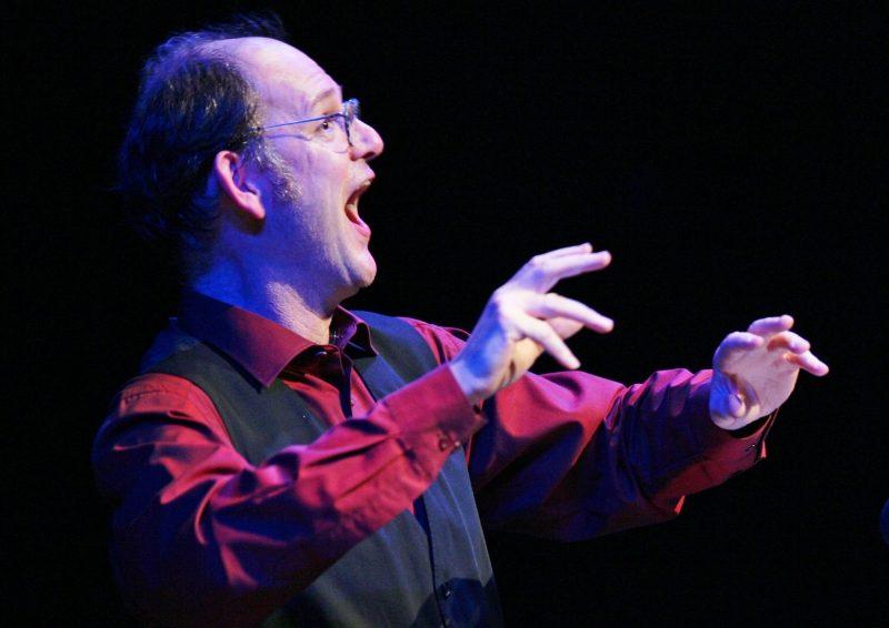 "Orpheus in der Unterwelt. Michael Quast liest, singt, tanzt und spielt ""Orpheus in der Unterwelt"" von Jacques Offenbach."